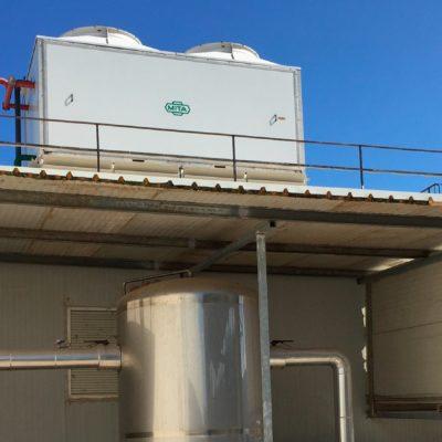 Condensadores Evaporativos para reducir el consumo energético en Creta Farm
